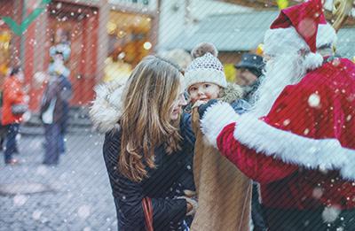 De vreemde (en soms duistere) geschiedenis van de Kerstman in Europa
